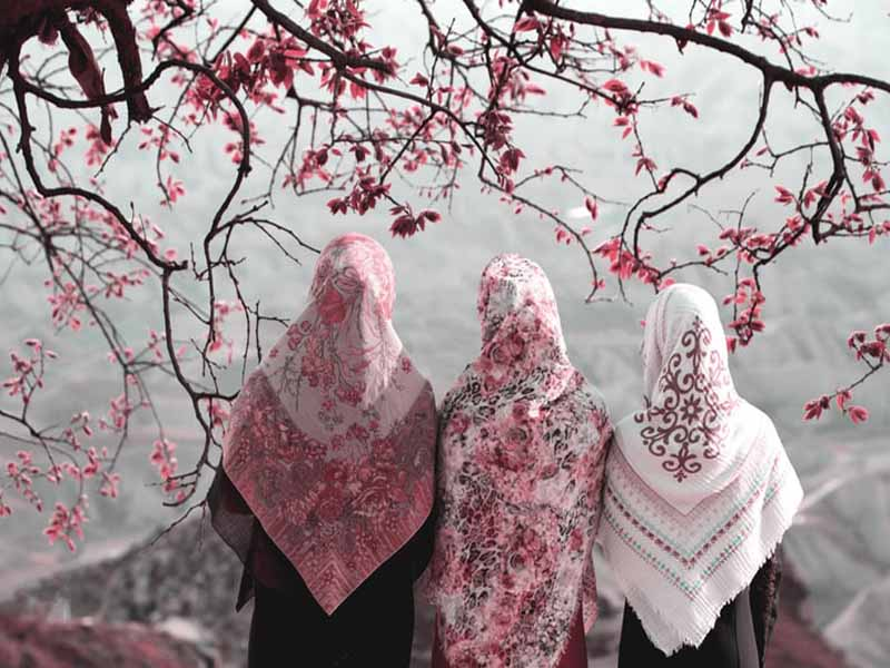 وجوب تغطية الوجه للمرأة