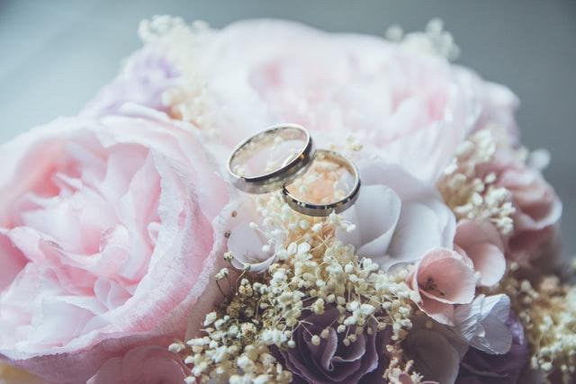 العزوف عن الزواج